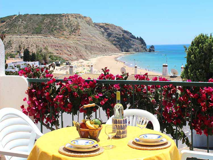 Casa BLW,  Zeezicht vanaf het Balkon in Praia da Luz, Algarve Portugal